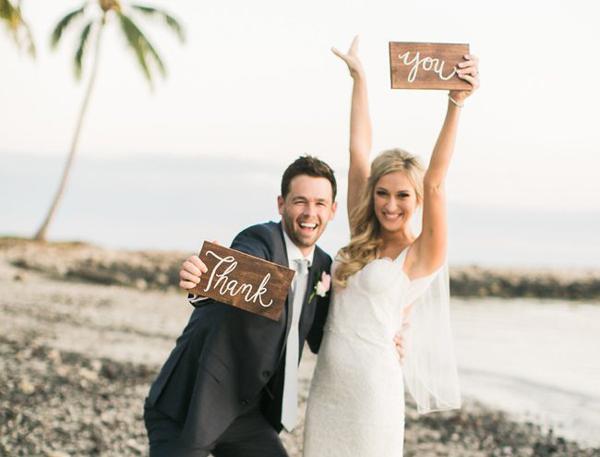 Γάμος σε παραλία και όλα όσα πρέπει να ξέρετε για να είναι όλα στην πένα!