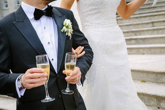 Ντύσιμο του γαμπρού