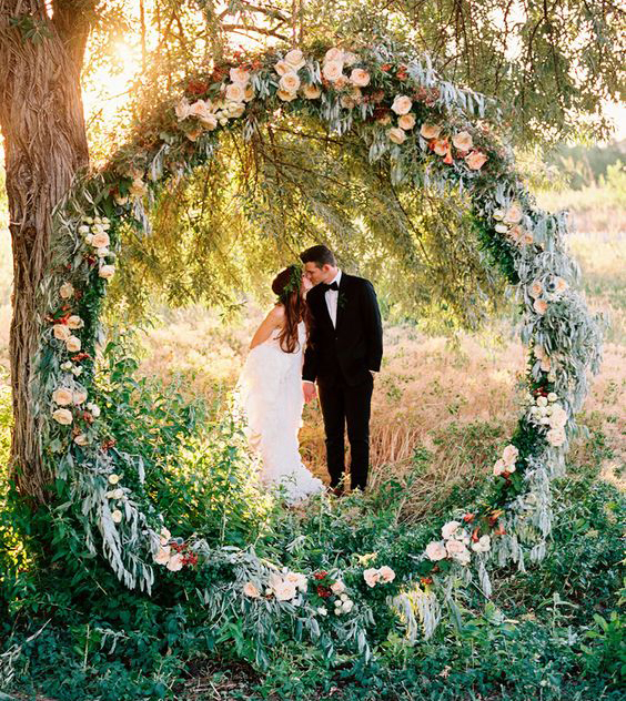 Ανθοστολισμός γάμου 2018 & με ποιον τρόπο να τον διακοσμήσετε!