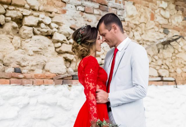 Κόκκινο νυφικό και πως να ξεχωρίσεις στον γάμο σου!
